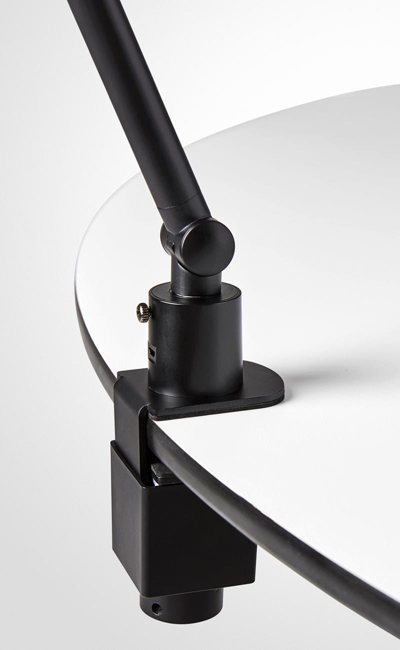 LightUp NEOS, klämfäste i svart.