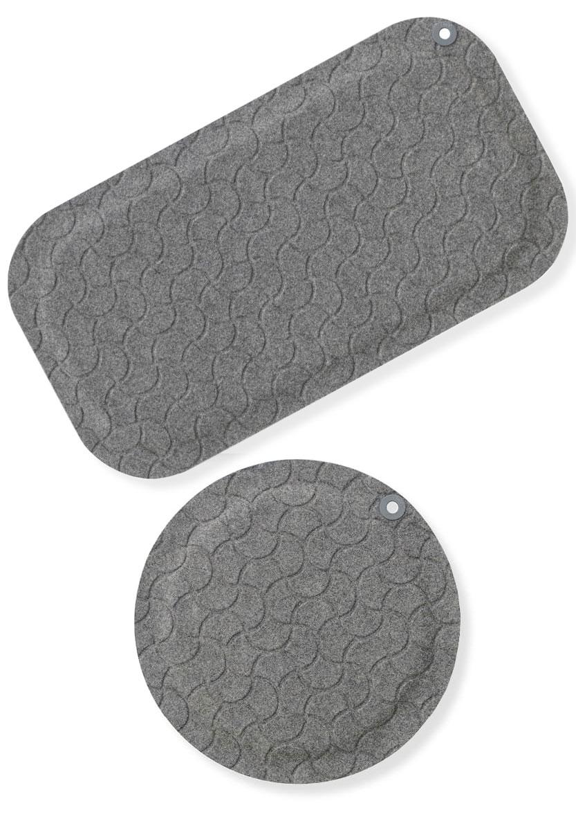 StandUp ergonomisk ståmatta, arbetsplatsmatta. Här visas Big och Round i färgen grå.