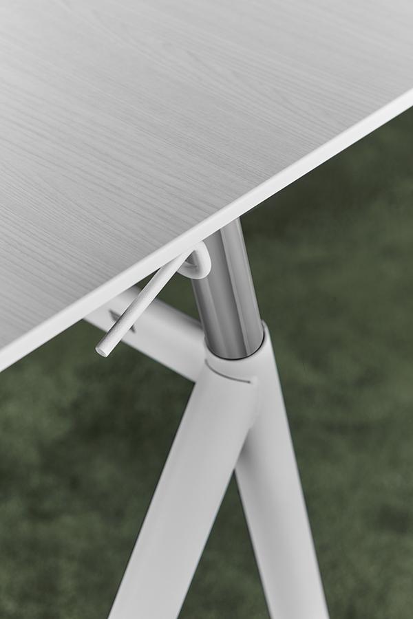 Office Wellness - StandUp Desk med skiva White Ash, detalj.